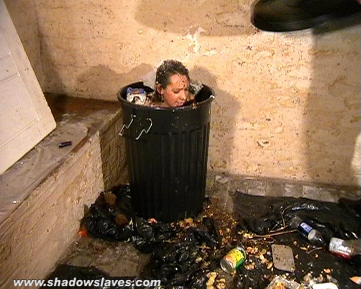 Trash098.jpg