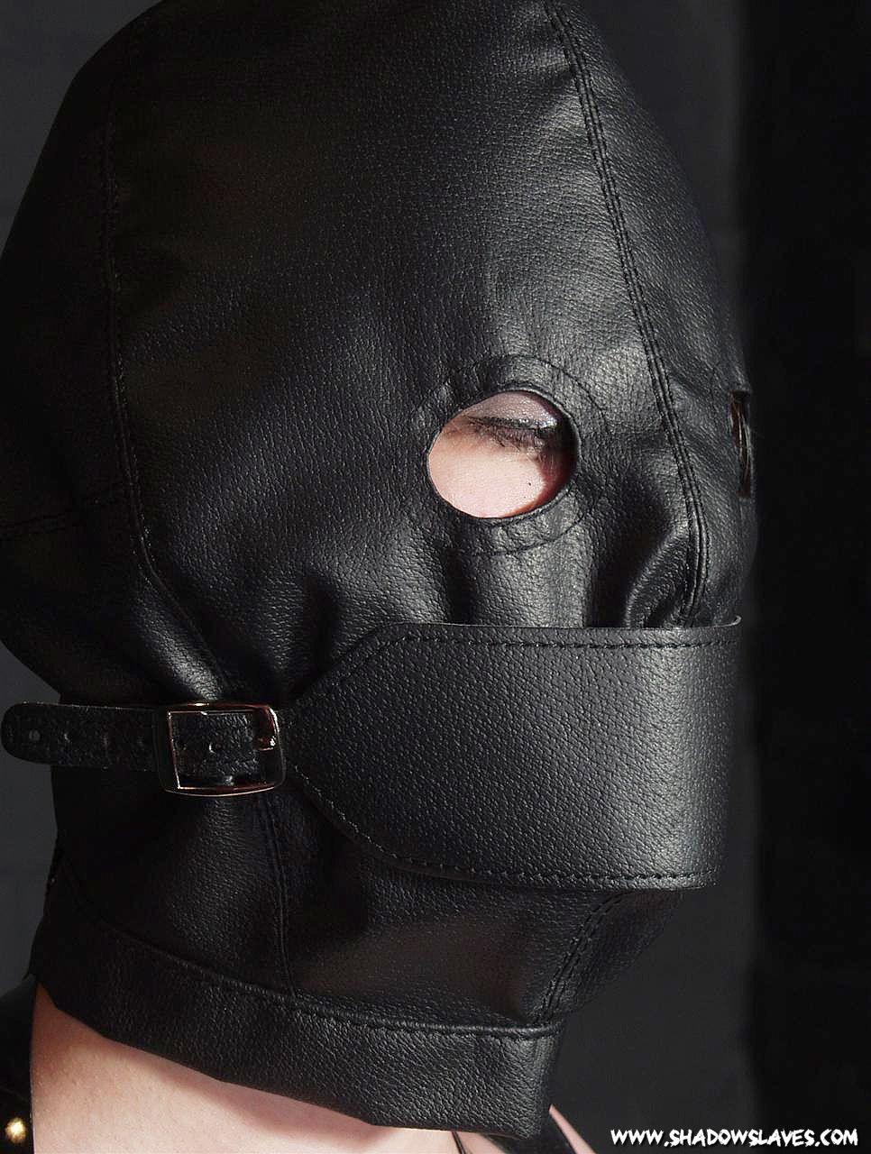 LeatherBondage050.jpg